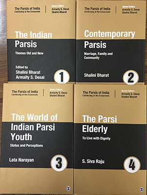 THE PARSIS OF INDIA - Continuing at the Crossroads ( Set of 4 Volumes )
