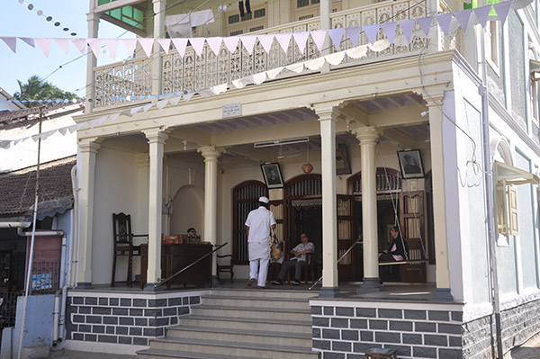 Parsi house opposite Iranshah