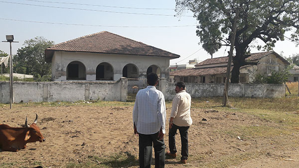 Community property - Dadgah in Suvali, 22 km from Surat
