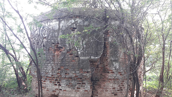 Community property - Erstwhile Tower of Silence in Deesa on two acres of land