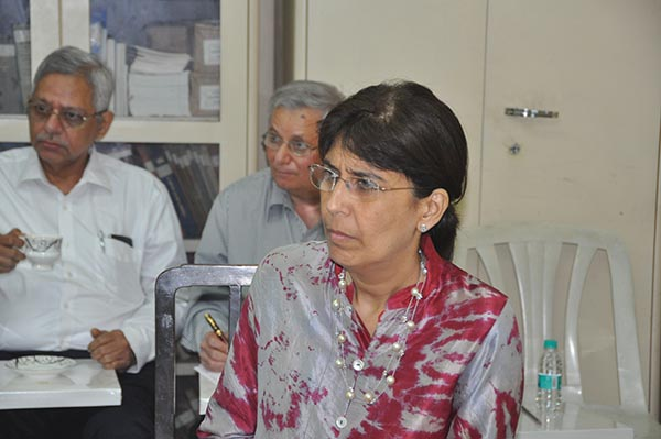 (From left) Yazdi Tantra, Cawas Panthaky and Dr Anahita Pundole at Jiyo Parsi meet